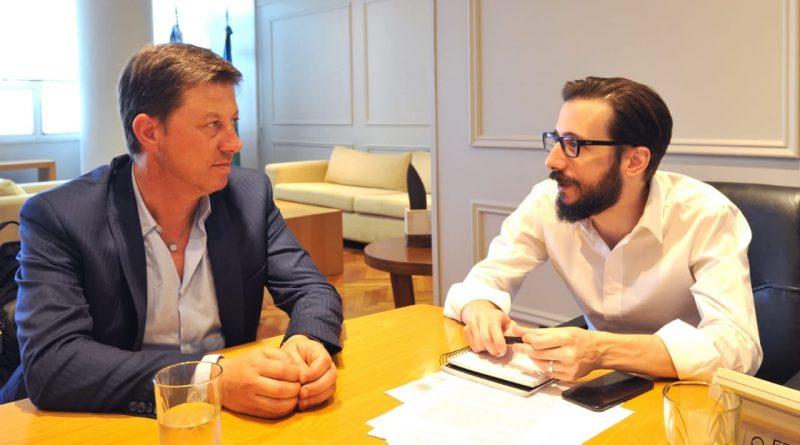 El intendente Bevilacqua visitó a los nuevos ministros y recorrió obras en los primeros días del año