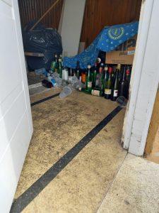 Los restos de las bebidas alcohólicas en la fiesta de Washington al 500