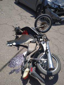 Motociclista trasladado en código rojo por Siempre Bahía