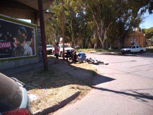 Choque en Necochea y San Lorenzo