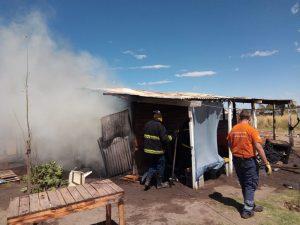 Bomberos sofocaron el incendio en Bahía