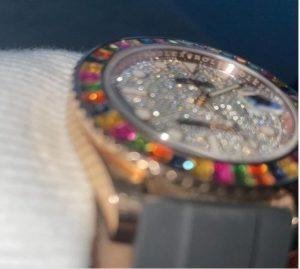 El lujoso reloj de Maluma