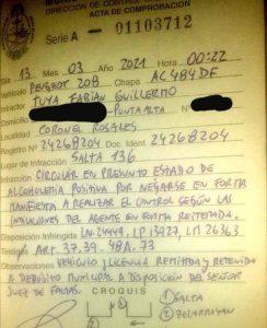 Acta de infracción de tránsito a Fabián Tuya