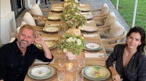 La mesa del patio de Vicuña y La China