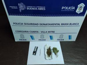 Marihuana secuestrada en Villa Mitre