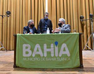 Firma de convenio entre Municipio y Biblioteca Rivadavia